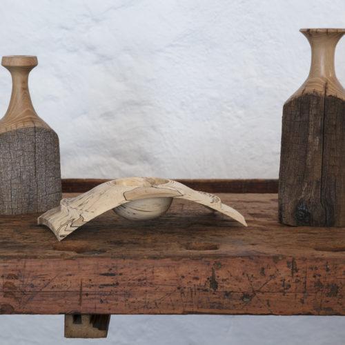 Objets originaux en bois tournés